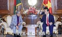 Staatspräsident Tran Dai Quang trifft sich mit Bangladeschs Präsident Abdul Hamid