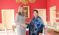 Parlamentspräsidentin Nguyen Thi Kim Ngan trifft sich mit Königin Máxima der Niederlande
