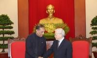 KPV-Generalsekretär Nguyen Phu Trong trifft Sri Lankas Parlamentspräsident Karu Jayasuriya