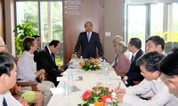 Premierminister Nguyen Xuan Phuc besucht ICISE in Binh Dinh