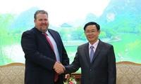Vizepremierminister Vuong Dinh Hue trifft Management-Direktor für Vietnam des US-Energiefirma AES