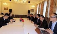 Vietnam beteiligt sich aktiv an Aktivitäten auf dem Wirtschaftsforum in Sankt Petersburg