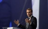 Frankreichs Präsident kritisiert die USA, Wirtschaftlichen Nationalismus zu schaffen