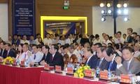 Premierminister Nguyen Xuan Phuc nimmt an Konferenz zur Investitionsförderung in Can Tho teil