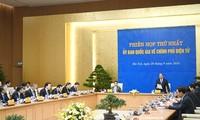 Premierminister Nguyen Xuan Phuc leitet die erste Sitzung der nationalen Kommission für E-Regierung