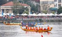 Lebhafte Stimmung des Drachenbootsrennens in Hanoi 2019