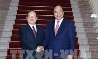Premierminister Nguyen Xuan Phuc trifft Parteisekretär der chinesischen Zhuang-Autonomie