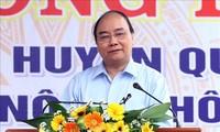 Premierminister Nguyen Xuan Phuc würdigt Gemeinde Que Phu bei Neugestaltung ländlicher Räume