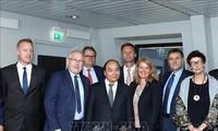 Premier Nguyen Xuan Phuc wünscht sich Gründung eines Produktionszentrums Norwegens in Vietnam