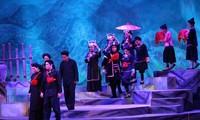 """Vorstellung des Cai Luong-Theater-Stücks """"Die Liebesgeschichte in Khau Vai"""" für Publikum im Süden"""