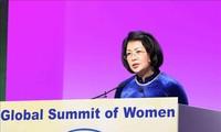 Globaler Frauengipfel: Vizestaatspräsidentin Dang Thi Ngoc Thinh hebt Rolle der Frauen in der Industrie 4.0 hervor