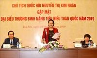 Parlamentspräsidentin Nguyen Thi Kim Ngan empfängt Delegation von Kriegsversehrten