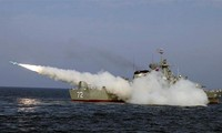 Angkatan Laut Iran melakukan latihan perang tahunan