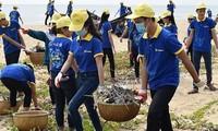 Kaum pemuda Vietnam menjadi pelopor dalam melindungi lingkungan hidup dan beradaptasi dengan perubahan iklim