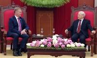 Sekjek KS PKV, Nguyen Phu Trong menerima Ketua Majelis Rendah Australia, Tony Smith