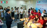 VOV resmi meluncurkan program siaran bahasa Korea