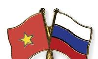 Berharap supaya mencapai banyak prestasi baru dalam hubungan Rusia-Viet Nam