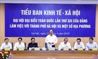Sub-komisi Sosial-Ekonomi melakukan temu kerja dengan pemimpin daerah-daerah di Vietnam Utara