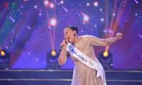"""Juara """"Suara Nyanyian ASEAN+3"""" tahun 2019, Rosaria Ninih Bianis: Kebanggaan Sabahan, Malaysia"""