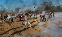 Israeli troops kill Palestinian at Gaza border protest