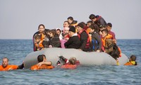 9 dead, 25 missing after migrant boat sinks off western Turkey