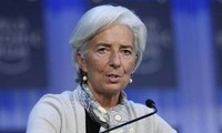 IMF: Global economy is at delicate juncture