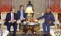 Премьер-министр Вьетнама Нгуен Суан Фук встретился с президентом Индии Рамом Натхом Ковиндом