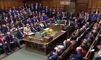 Brexit: Британский кабинет стоит под угрозой полного краха