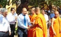Премьер-министр СРВ поздравил кхмеров в провинции Шокчанг с праздником «Чол Чнам Тхмай»