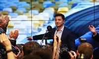 Руководители ряда стран поздравили Зеленского с победой на выборах президента Украины