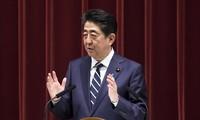 Премьер-министр Японии встретился с президентом США в преддверии поездки в Иран
