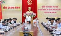 Постоянный вице-премьер Вьетнама Чыонг Хоа Бинь посетил провинцию Куангнинь