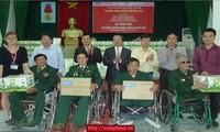 """Chương trình """"Vang mãi bản hùng ca"""" tái hiện truyền thống anh hùng của Quân đội nhân dân Việt Nam"""