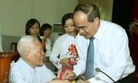 Mặt trận Tổ quốc Việt Nam gặp mặt, tri ân các cán bộ lão thành cách mạng