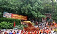 Giỗ tổ Hùng Vương - Lễ hội Đền Hùng Bính Thân 2016