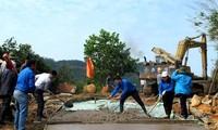 Màu áo xanh tình nguyện trong tháng thanh niên tình nguyện của tuổi trẻ Quảng Ninh