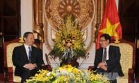 Phó Thủ tướng, Bộ trưởng Bộ Ngoại giao Phạm Bình Minh tiếp Bí thư khu ủy Quảng Tây, Trung Quốc