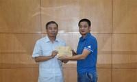 """Người Việt tại Malaysia ủng hộ  Quỹ """"Vì Trường Sa thân yêu"""""""