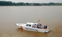 Cảnh sát biển Việt Nam nghiệm thu 4 xuồng tuần tra cao tốc