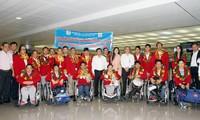 Chào đón đoàn thể thao người khuyết tật Việt Nam trở về nước