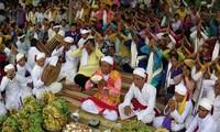 Lễ hội Ka-tê 2016 đang diễn ra sôi nổi tại Bình Thuận