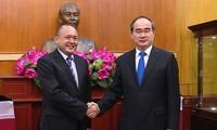 Chủ tịch Ủy ban TƯ Mặt trận tổ quốc Việt Nam Nguyễn Thiện Nhân tiếp Đại sứ Kazakhstan