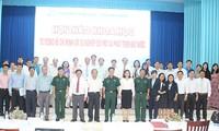 Đề cao tư tưởng Hồ Chí Minh với sự nghiệp đổi mới và phát triển đất nước
