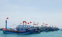Nam Trung bộ: Ngư dân mở biển thẳng tiến ra ngư trường truyền thống Trường Sa