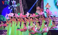 Khai mạc Lễ hội hoa ban Điện Biên năm 2017