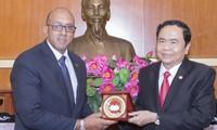 Chủ tịch MTTQ Việt Nam Trần Thanh Mẫn tiếp Đại sứ Cuba Herminio Lopez Diaz
