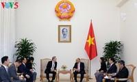 Thủ tướng Nguyễn Xuân Phúc tiếp Chủ tịch Tập đoàn Truyền thông Maekyung (Hàn Quốc) Chang Dae Whan