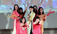 Sinh viên nước ngoài tại Moscow hào hứng với nét văn hoá Việt Nam