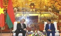 Belarus tăng cường hỗ trợ, đầu tư vào hệ thống xe buýt tại Hà Nội