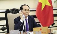 Chủ tịch nước Trần Đại Quang điện đàm với Tổng thống Liên bang Nga V. Putin